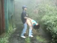 sri-lankan-couple-outdoor-sex