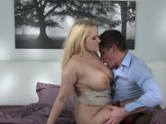 great-boobs-blonde-milf-banging-till-creampie