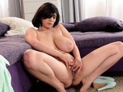 horny-housewife-teaching-sex
