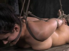 hogtied-submissive-in-bastinado-session