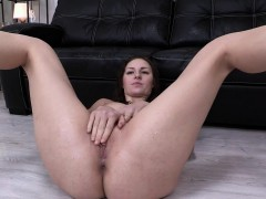 petite-girl-in-heels-squirts-into-her-mouth