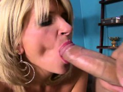 milf-takes-thick-cock-in-her-mouth
