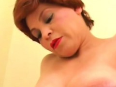 pregnant-with-huge-belly-masturbates