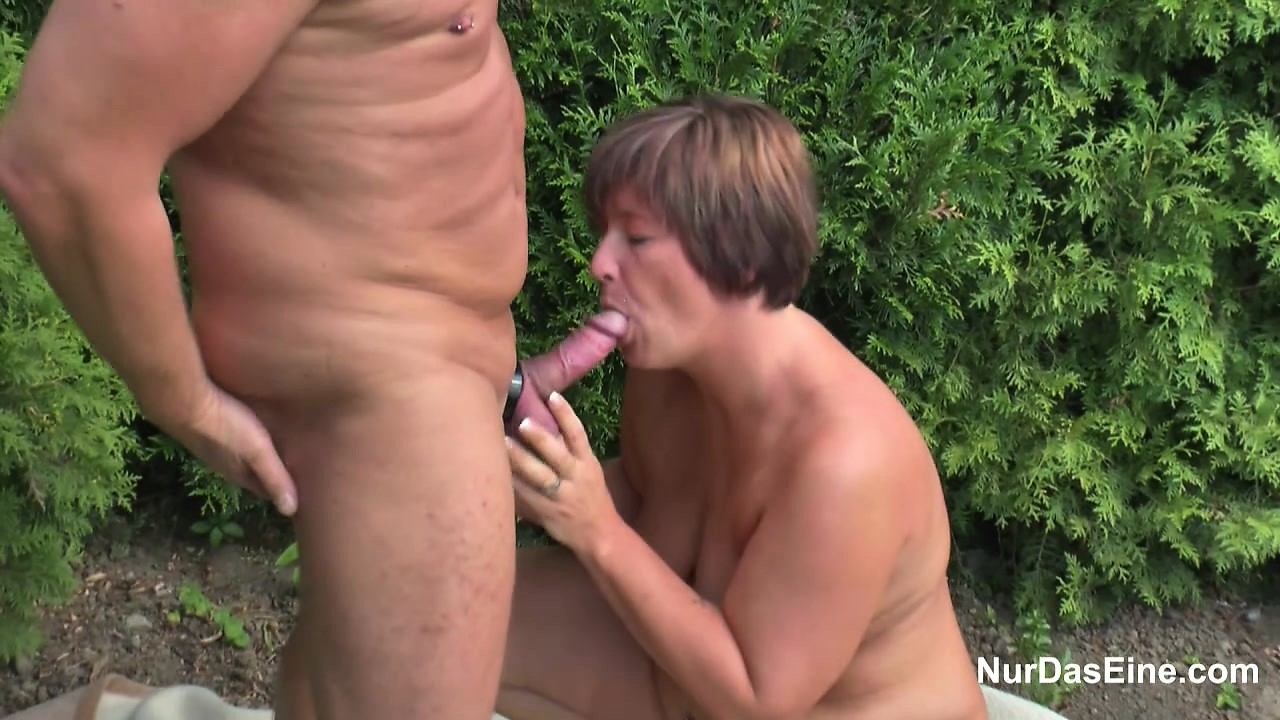 18yr old sister helps stepbrother with fuck before date 8
