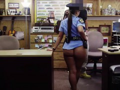 police-woman-shows-her-sexy-ass