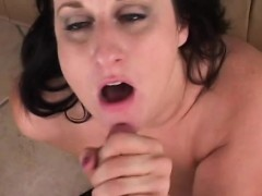 doggystyle-for-peachy-milf