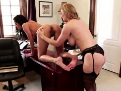blonde-and-brunette-lesbians-in-hot-act