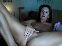 Mature Woman With No Tits Masturbates