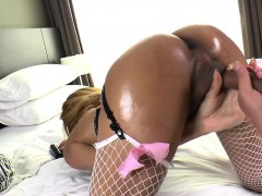 thai-ladyboy-candy-gets-her-ass-pounded-in-quickie-anal-sex
