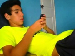 latino-twink-shows-off-when-jerking