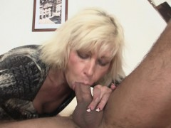 blonde-mother-girlfriend-takes-it-from-behind