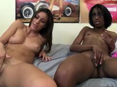 interracial-amateur-lesbians