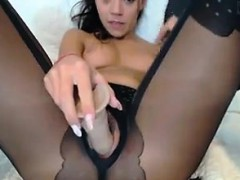 cam-slut-with-pantyhose-on