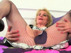 british-milf-amy-gets-turned-on-in-fishnet-tights