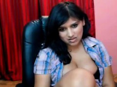 Thick Indian Chick Gets Naked