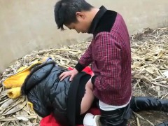 chinese-creampie-on-a-garbage-dump