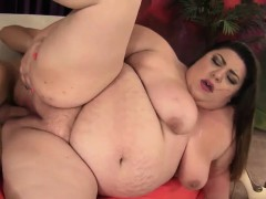 cute-and-fat-bbw-bella-bendz-gets-her-pussy-hammered