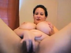 huge-tits-bbw-milf-masturbating