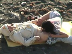 horny-amateurs-on-the-beach-secretly-filmed