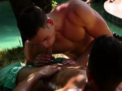 Bisex Babe Sucking Cock