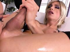 Amateur Tgirl Shoves Her Rod Down