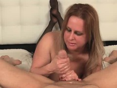 meet-newcomer-milf-camellia-waves-shes-hot-and-shes-new