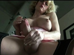 mature-tranny-ejaculates-loads-of-cock-juices