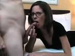 mom-has-her-cunt-filled