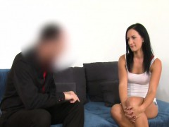 babe-played-with-dildo-on-casting-interview