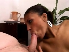 African Hotty Sucks A Big White Cock To Get Her Pussy