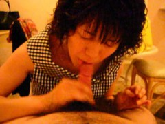 classic-porn-with-a-japanese-girl-going-down-on-a-hard-peck