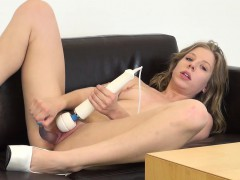 Chastity Lynn uses two sex toys to bring herself to intense pleasure