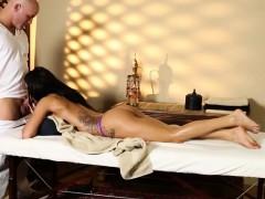 secret voyeur movie of nasty masseur sexing customers