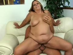 curvaceous-cougar-leighann-gets-her-tight-snatch-pumped-full-of-cock