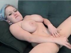 bbw-hard-masturbating-at-webcam