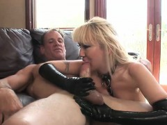 horny woman in latex gets penetrated