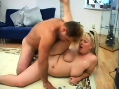 chubby blonde cocksucker gets her plump pussy penetrated on the floor