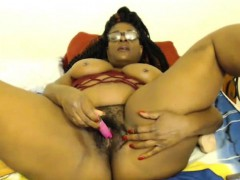 Old Ebony Jezanna With Big Booty Masturbates Hairy Twat