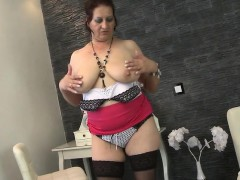sweet-mom-with-big-tits-rosa-from-kinkyandlonelycom