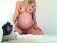 huge-nipples-of-my-pregnant-girlfriend