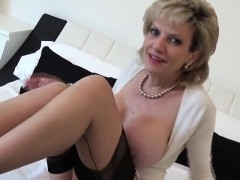 unfaithful-british-mature-gill-ellis-shows-her-big-boobs