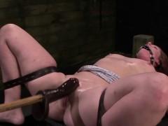 fetishnetwork-autumn-kline-loves-bondage