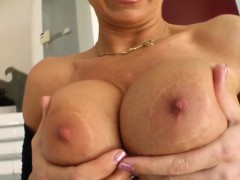 milf-hot-mature-lady-vinnie-gets-a-nice-cock-fuck-her