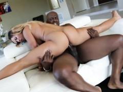 Bodacious ebony Teanna Trump sucks and fucks huge black dick