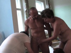 mature ladies having a sexparty
