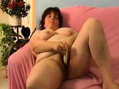mature-alone-21-lavina-from-1fuckdatecom