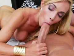 busty-blonde-tranny-asshole-screwed-hard-by-nasty-dude