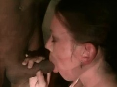 Amateur Babe Stripping And Sucking In Toilet