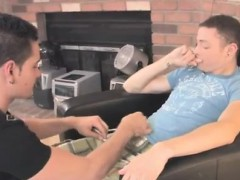 cute-italian-gay-sex-first-time-sean-starts-to-capture-at-hi