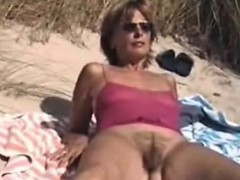 hairy-amateur-mum-outdoors-myong-from-1fuckdatecom